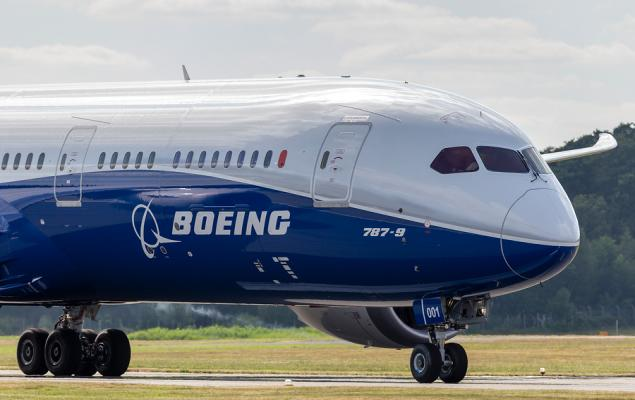 Will Global Services Unit Hurt Boeing's (BA) Q1 Earnings?