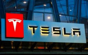 Tesla Beats in Q2 as Indexes Set New Closing Highs
