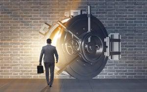 Should You Bank on Financial ETFs Now?