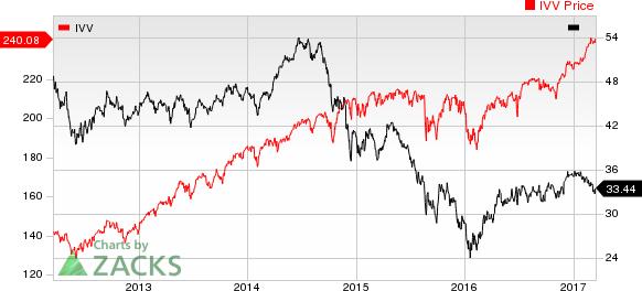 U.S. Crude Supplies Down 1st Time in 10 Weeks