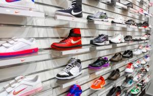 Top Stock Reports for Nike, Amgen & Morgan Stanley