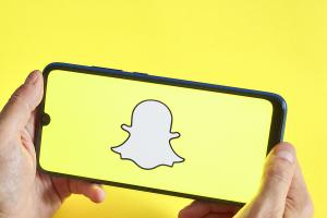 SNAP's Surge Boosts Other Social Media Stocks Ahead of Earnings